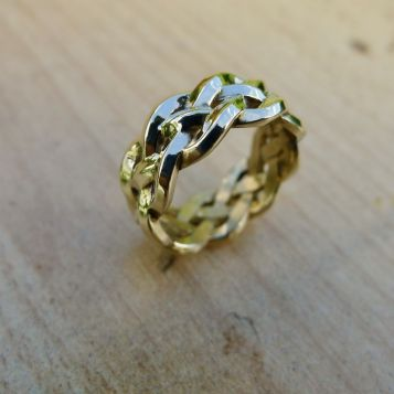 Celtic Ring In Braided Gold