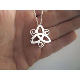 Celtic Knot | Triple spirals