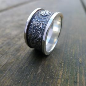 Wide Celtic Ring Silver