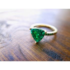 Emerald Trillion Ring