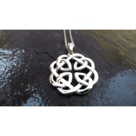 Reversible Father Daughter Celtic Knot Pendant